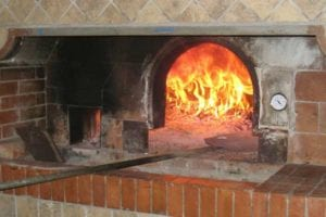 logs-for-pizza-ovens