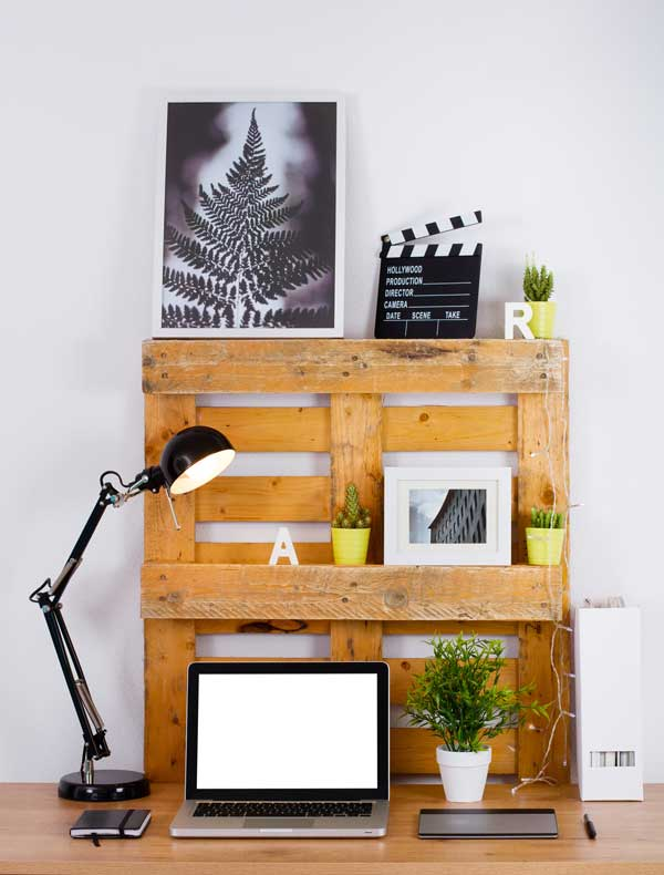 Shelving-made-from-a-pallet