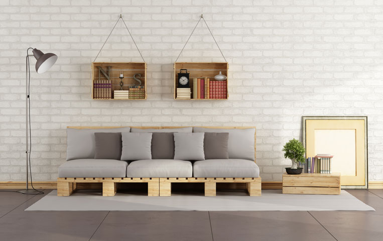 Sofa-made-from-a-pallet