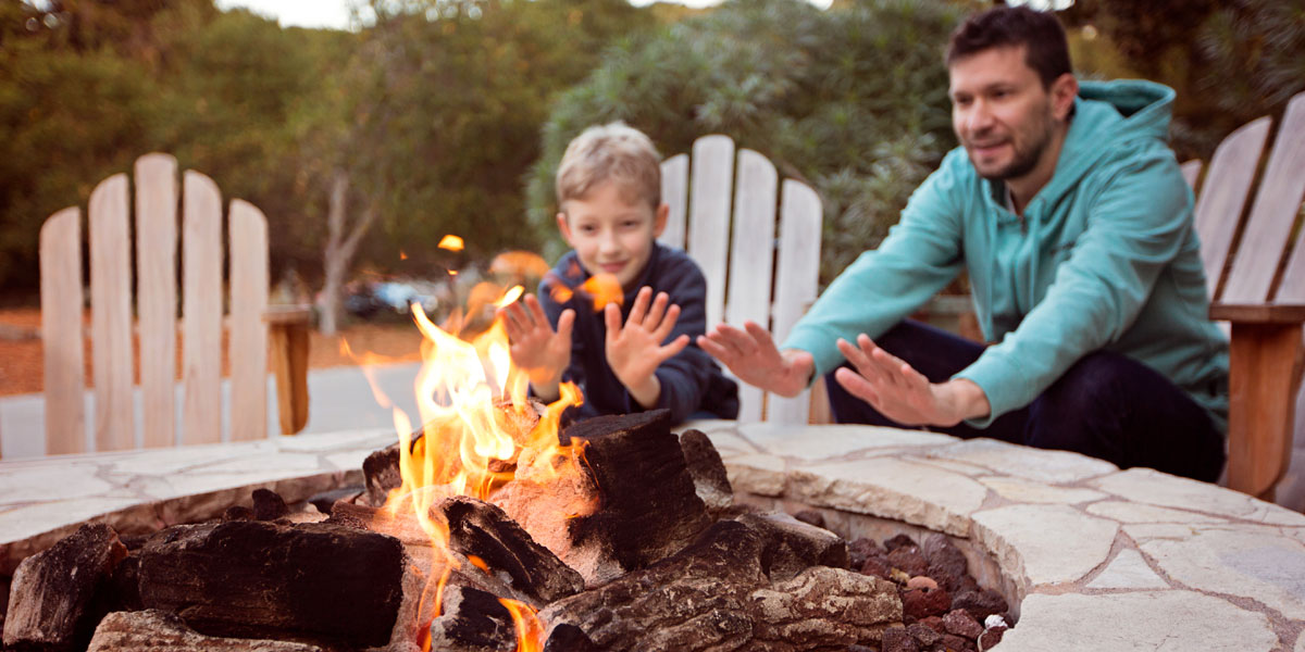 Best Wood for Fire Pits