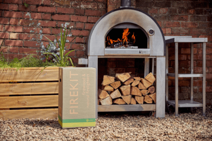 Box-of-logs-for-pizza-oven-use